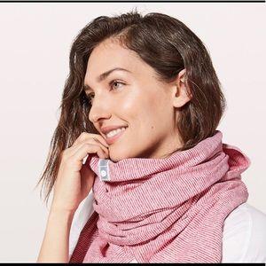 Lululemon scarf/shawl